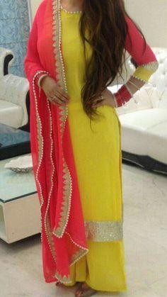 Fashionista: Angel's place of fashion ! Punjabi Fashion, Ethnic Fashion, Bollywood Fashion, Indian Fashion, Indian Attire, Indian Wear, Pakistani Outfits, Indian Outfits, Kurta Designs