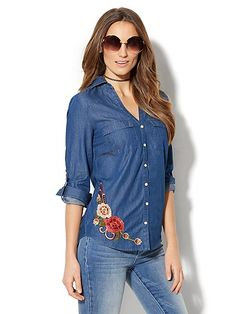 Embroidered Floral Chambray Shirt - Medium Blue Wash - New York & Company