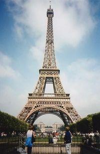 Torre Eiffel, uma das paradas da Excursão flexível pela cidade de Paris #viagem #turismo