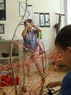 """Spider investigation: Creating a spider web with a branch & some string at Blue House International School ("""",) Reggio Classroom, Kindergarten Classroom, Classroom Activities, Activities For Kids, Preschool Themes, Preschool Science, Toddler Preschool, International School, Reggio Emilia"""