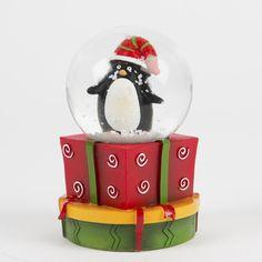 "'Mini ""Penguin Snow Globe: Amazon.co.uk: Kitchen & Home"