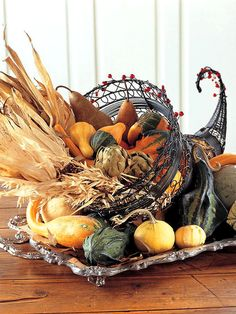 ✯ Autumns Cornucopia ✯ (beautiful cornucopia wire holder)~SRG