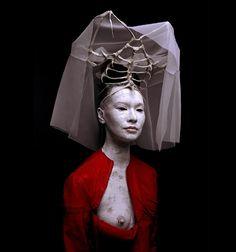 The wearable sculpture of Patrick Veillet! « Memento Mori
