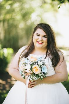 plus size bride, plus size wedding, bride