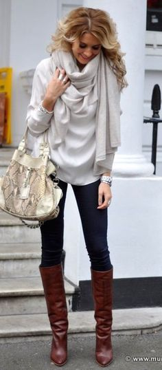 #winter #fashion / boots + skinnies...