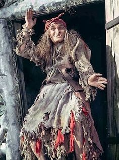 Georgi Millar - beloved Baba-Yaga of our childhood . And the best Baba-Yaga of all time! Elfen Fantasy, Fantasy Art, Troll, Spirit Ghost, Hansel Y Gretel, Witch Tattoo, Easy Halloween Crafts, Halloween Witches, Russian Culture