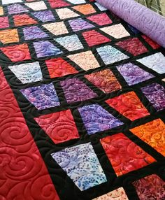 A beautiful bright tumbler quilt by Ethel G! Tumbling Blocks Quilt, Quilt Blocks, Paper Piecing Patterns, Quilt Patterns, Quilting Ideas, Tumbler Quilt, Vintage Quilts Patterns, Stained Glass Quilt, Charm Pack Quilts