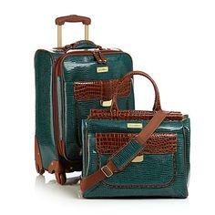 Samantha Brown First Class Collection 2-piece Set