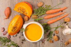A főfogástól a desszertig: a legfinomabb sütőtökös ételek - Recept | Femina Okra, Gnocchi, Cantaloupe, Healthy Recipes, Healthy Food, Stuffed Peppers, Vegan, Fruit, Vegetables