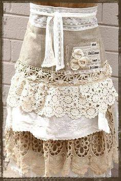 Darling apron....love it... — with Vogel Lia and Oriana Valencia.