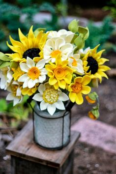 diy Large Yellow Felt Flower Sunflowers in flowerpot - wooden holder, Featuring ornaments, table decoration