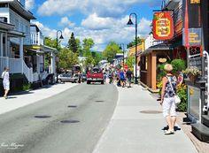 Une rue de Baie Saint-Paul dans Charlevoix !
