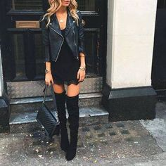 The latest selection of casual fall outfits you can wear everyday this season. More outfit ideas curated every week just for you. Mode Outfits, Casual Outfits, Fashion Outfits, Dress Fashion, Black Otk Boots Outfits, Outfits Negro, Fashion Clothes, Tall Boots Outfit, Jackets Fashion