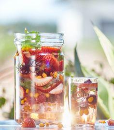 ledové čaje, vitamínové vody