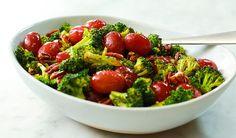 Roasted Broccoli and California Grape Salad Grape Recipes, Easy Salad Recipes, Easy Salads, Appetizer Recipes, Healthy Recipes, Appetizers, Clean Eating, Healthy Eating, Healthy Food