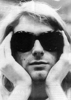 Kurt in sunglasses