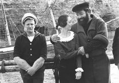 This is an original photo. Popeye Movie, Popeye Olive Oyl, Popeye The Sailor Man, Robert Williams, Hero Movie, Stand Up Comedy, Vintage Comics, Feature Film, American Actors