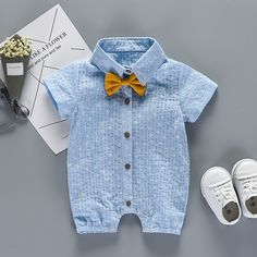 Daily Deals For Moms - Victory! Check out my new Handsome Star Print Bow Decor Short-sleeve Jumpsuit for Baby Boy, snagged at a crazy discounted price with the PatPat app. Baby Outfits Newborn, Baby Boy Outfits, Kids Outfits, Baby Boy Fashion, Kids Fashion, Baby Boy Dress, Jumpsuit With Sleeves, Matching Family Outfits, Dad To Be Shirts