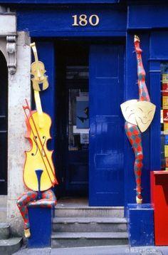 music theme door