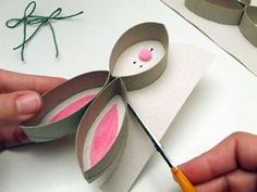 Easter Art, Easter Crafts, Easter Decor, Toilet Roll Craft, Art Activities, Gift Packaging, Diy For Kids, Gifts, Decorations