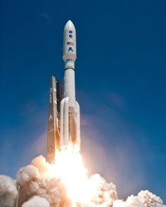 Atlas V launches in high res: part 2 (29 HQ Photos)