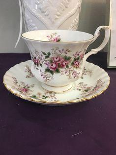 Royal Albert lavender rose. Tea cup & saucer set.