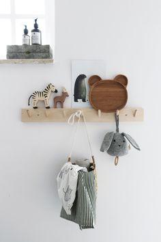Shop the Slow Look - All Natural - Elina Styling - Stylingtips - Natuurlijke materialen in de kinderkamer. Baby Bedroom, Baby Boy Rooms, Baby Room Decor, Kids Bedroom, Nursery Decor, Nautical Nursery, Baby Room Design, Nursery Design, Toddler Themes
