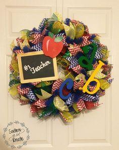 I Love My Teacher deco mesh wreath Deco Mesh Crafts, Wreath Crafts, Burlap Wreath, Wreath Ideas, Teacher Wreaths, School Wreaths, I Love My Teacher, Christmas Mesh Wreaths, Deco Mesh Wreaths