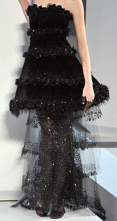 #Chanel  gown women  #2dayslook #gown #gownfashion  www.2dayslook.com