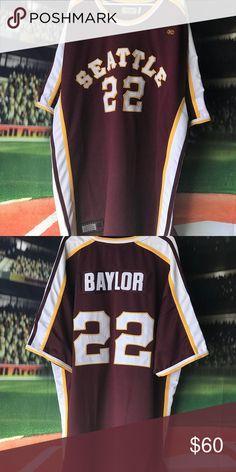 9c87659e393 Elgin Baylor college throwback Wrong background
