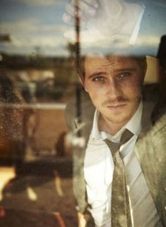 Garrett Hedlund, you look exactly like my future husband. Guess I'll have to knock out Kirsten Dunst.