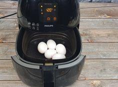 Leer hier hoe je eieren in de Airfryer kookt en gebruik nooit meer een pan met water! - AfvallenMetAirfryer.nl Air Flyer, Actifry, Air Fryer Recipes, Egg Recipes, Munnar, Good Food, Food And Drink, Snacks, Cooking