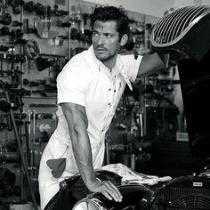 My favourite mechanic. Thanks for fixing my car @davidgandy_official @arnaldoanaya @larrykinghair @kieranseamus…