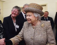 The Queen of England had a very appropriate reaction when meeting one particular hot male model.
