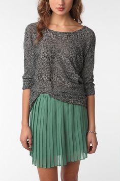 Color Combo. Mint Pleats + Grey Sweater.