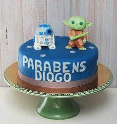 39+ Ideias de Bolo Star Wars > Sensacionais #BoloStarWars #Bolo #StarWars #FestaStarWars Bolo Star Wars, Starwars, Marie, Desserts, Food, Design, Star Wars Party, Cake Ideas, Diy Home