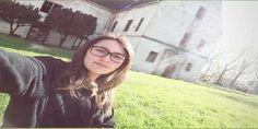 Interviu. O tânără din Timiș și-a propus să promoveze Castelul din Banloc