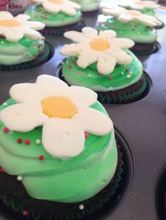 Food themed cupcakes | Cupcakes | Pinterest | Themed cupcakes ...