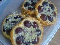 Doughnut, Pancakes, Muffin, Breakfast, Food, Morning Coffee, Eten, Cupcakes, Muffins