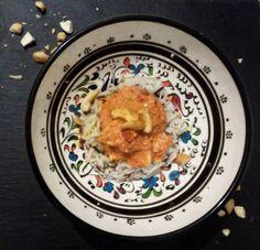 Tikka Masala #masala #indiano #pollo #peperonirossi #salsapomodoro #risobasmati #anacardi #cipolla #curcuma #chili #coriandolo #cumino #zenzerofresco #pepenero #cannella #peperoncino #aglio #sale #olioevo #yogurt #pomodorini...