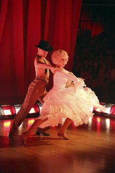 Derek Hough & Kellie Pickler  -  semi-finals flamenco  -  Dancing With the Stars  -  season 16 champs -  week 9  -  spring 2013