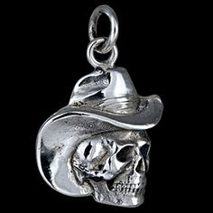 Silver pendant, cowboy skeleton Silver pendant, Ag 925/1000 - sterling silver. Head skeleton with cowboy hat. Dimensions approx. 20x18x2.5mm.