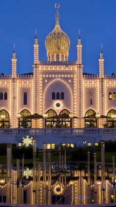 Illuminated restaurant at night Tivoli Gardens Copenhagen Denmark . Christmas In Europe, Best Christmas Markets, Christmas Fun, Tivoli Gardens Copenhagen, Visit Denmark, Copenhagen Denmark, Best Gifts, Places To Visit, Around The Worlds