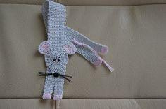Häkelanleitung Lesezeichen-Mäuschen Crochet Pacifier Clip, Crochet Necklace, Marque Page, Breien