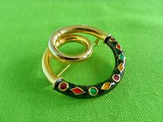 Vintage Circle Brooch Item 941 by LaylaBaylaJewelry on Etsy