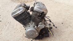 put down the engine ! Honda Steed, Bobber Style, Engine, Garage, Bike, Cars, Carport Garage, Bicycle, Motor Engine