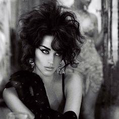 Katy Perry- Interview Mag Bodysuit: Bottega Veneta. Earrings: Lee Angel. Gloves (customized by Eugenia Silva- Camero): La Crasia I LOVE THIS HAIR