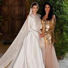 Dior Wedding Dresses, Classic Wedding Gowns, Bridal Dresses, Prom Dresses Long With Sleeves, Wedding Dress Sleeves, Bridal Lingerie, Couture Dresses, Marie, Instagram