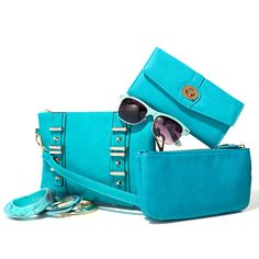 Our Color of the month is Bluebird! #COTM. That purse look familiar @katelynserrano ?