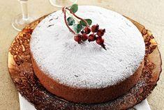 Vasilopita the Greek New Year's cake - Honest Cooking Greek Sweets, Greek Desserts, Greek Recipes, Xmas Food, Christmas Sweets, Christmas Recipes, Christmas Cakes, Kinds Of Pie, New Year's Cake